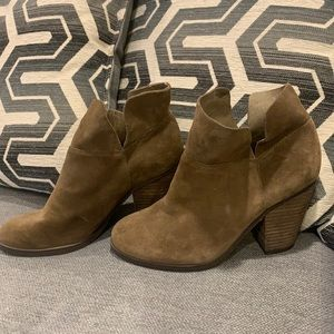 Vince Camuto Helyn Suede Ankle Bootie